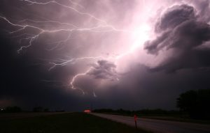 thunderstorms which make moving from California to Alabama difficult to adapt to