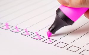 A checklist that will help you to save money when moving cross country.